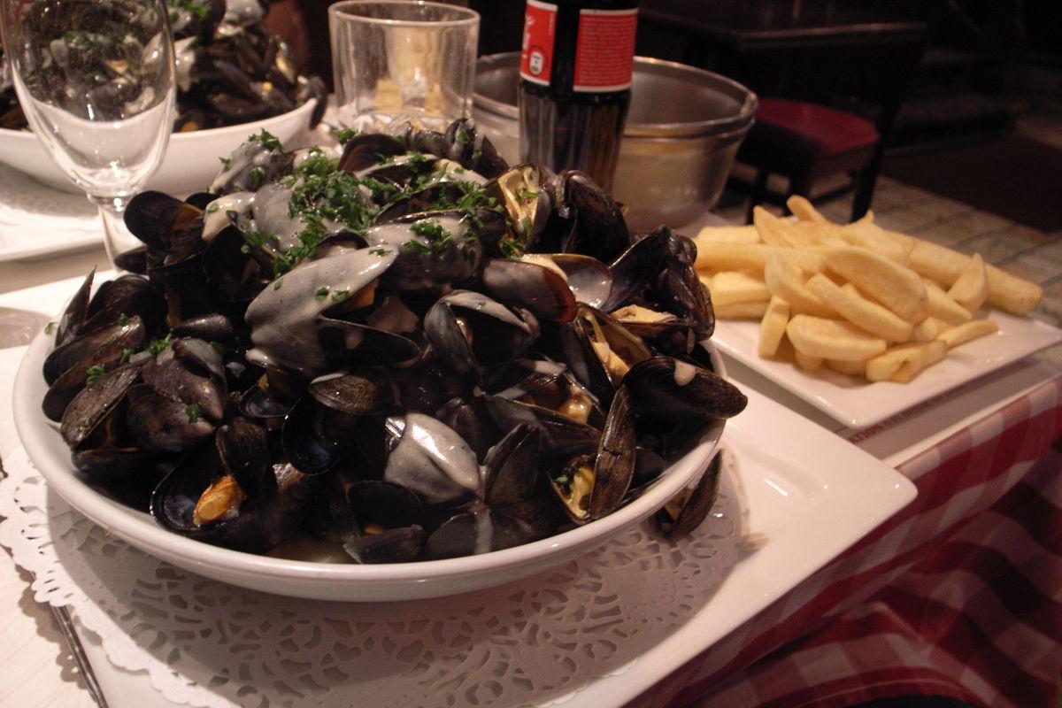Musslor på restaurang Marco Polo vid Nation