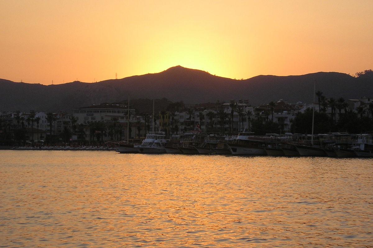 Solnedgång.