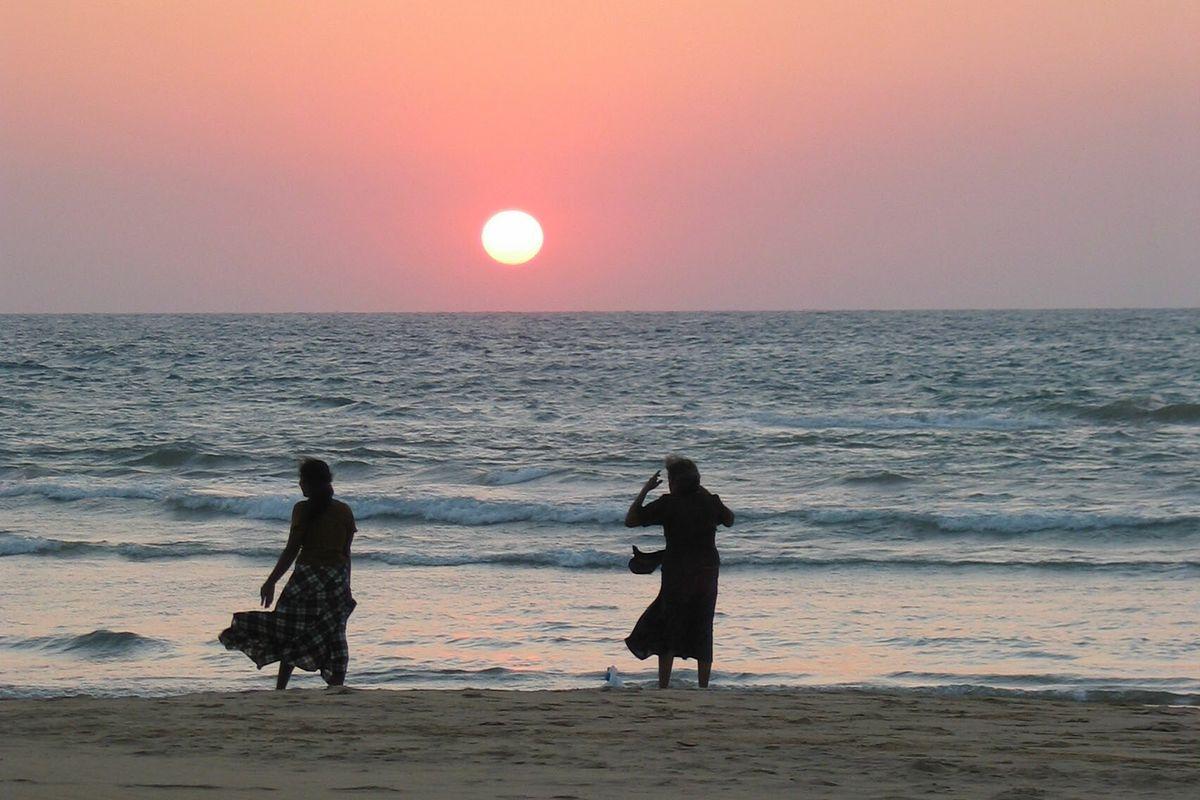 Solnedgång på Bentota-stranden