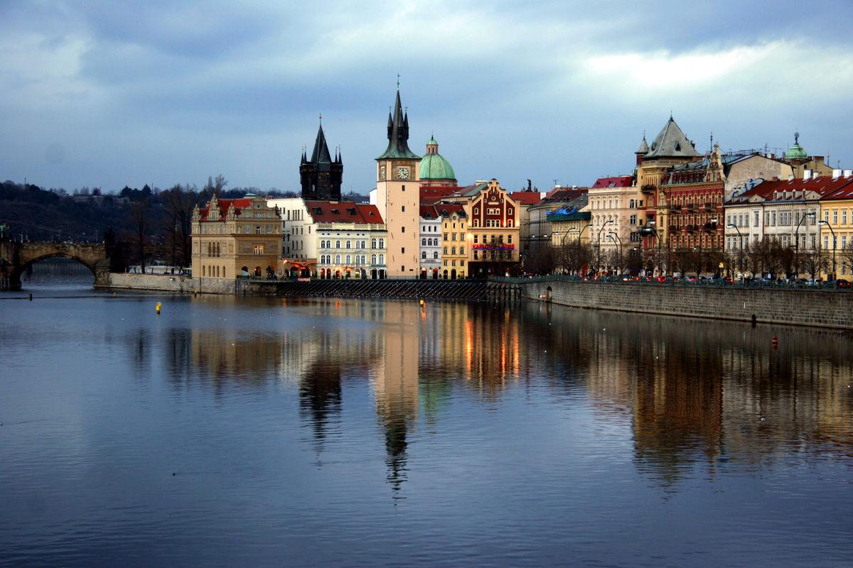 Prag inför skymning