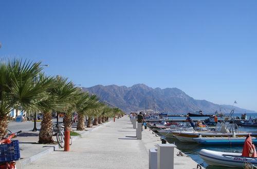 Strandpromenaden i Kárdamena