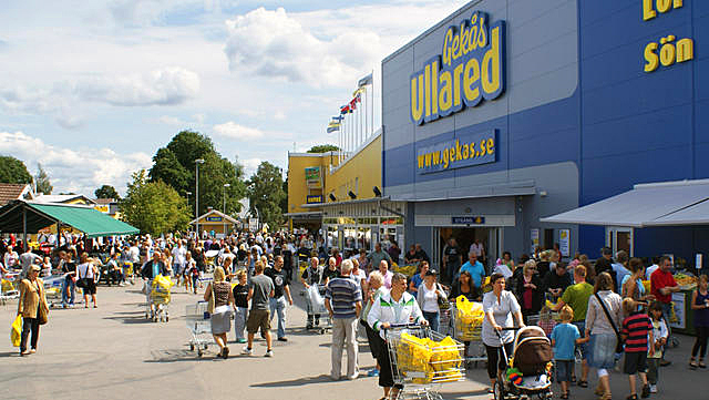 Ullared = shopping p? svensk- Reiseguiden