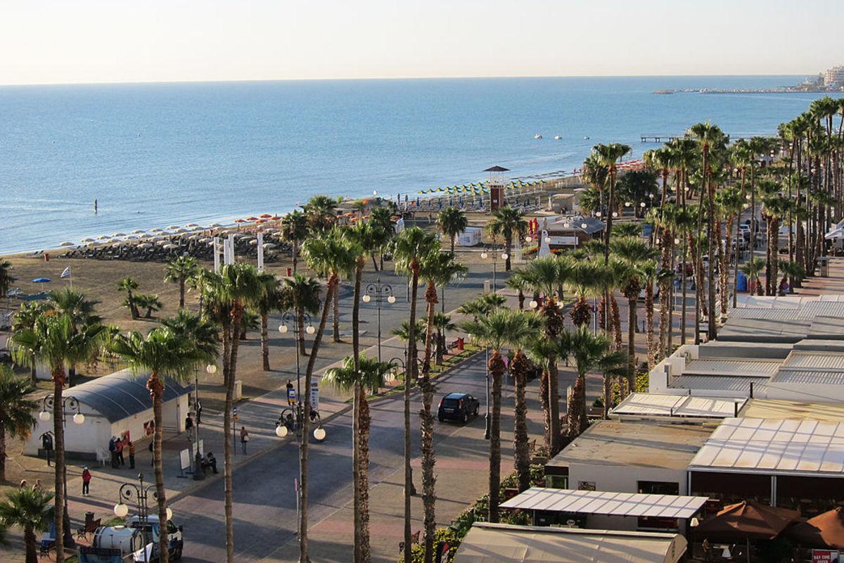 Strand i Larnaca.