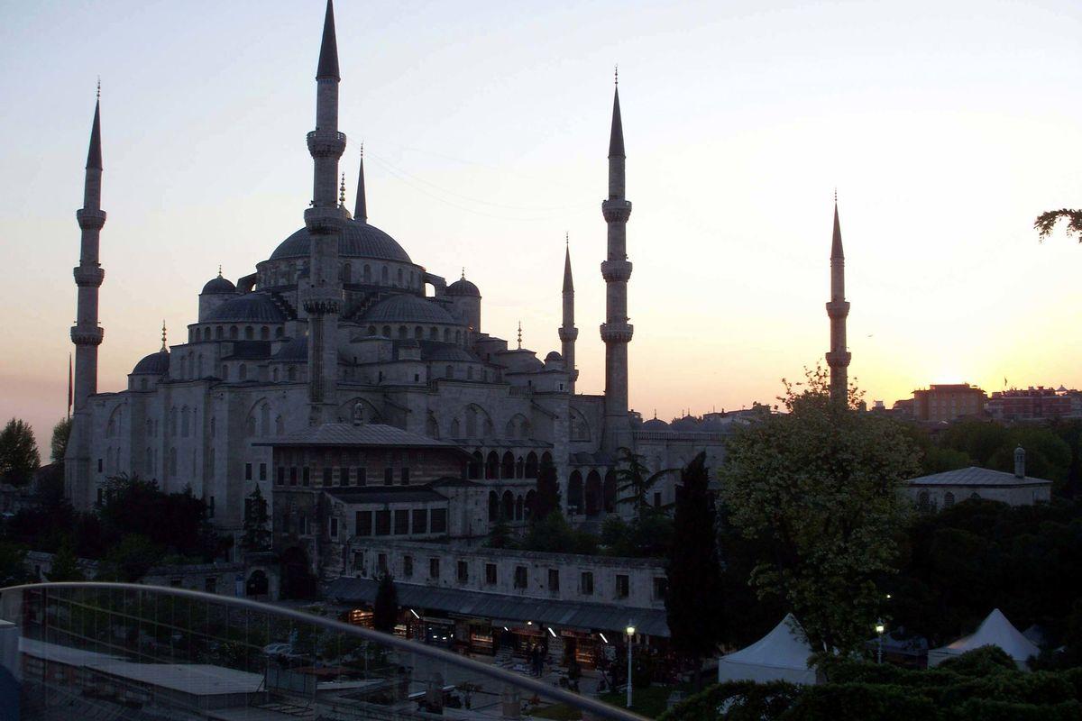 Blå Moskén i solnedgång.