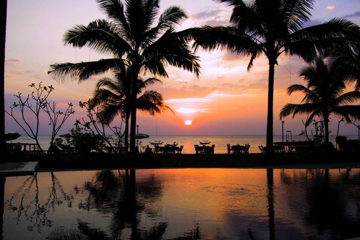 Solnedgång vid Palm Andaman